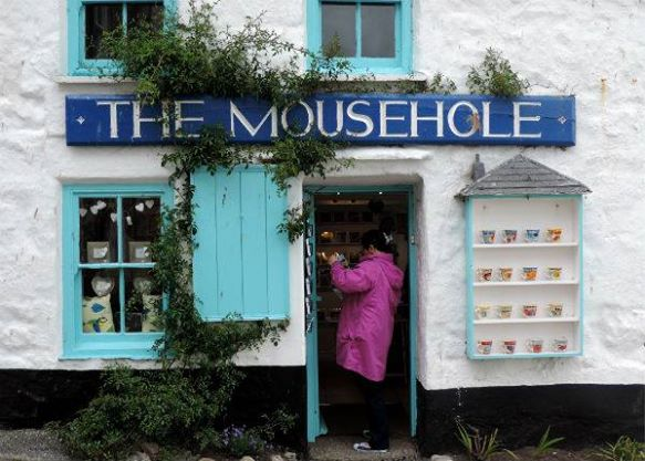 Mousehole shop