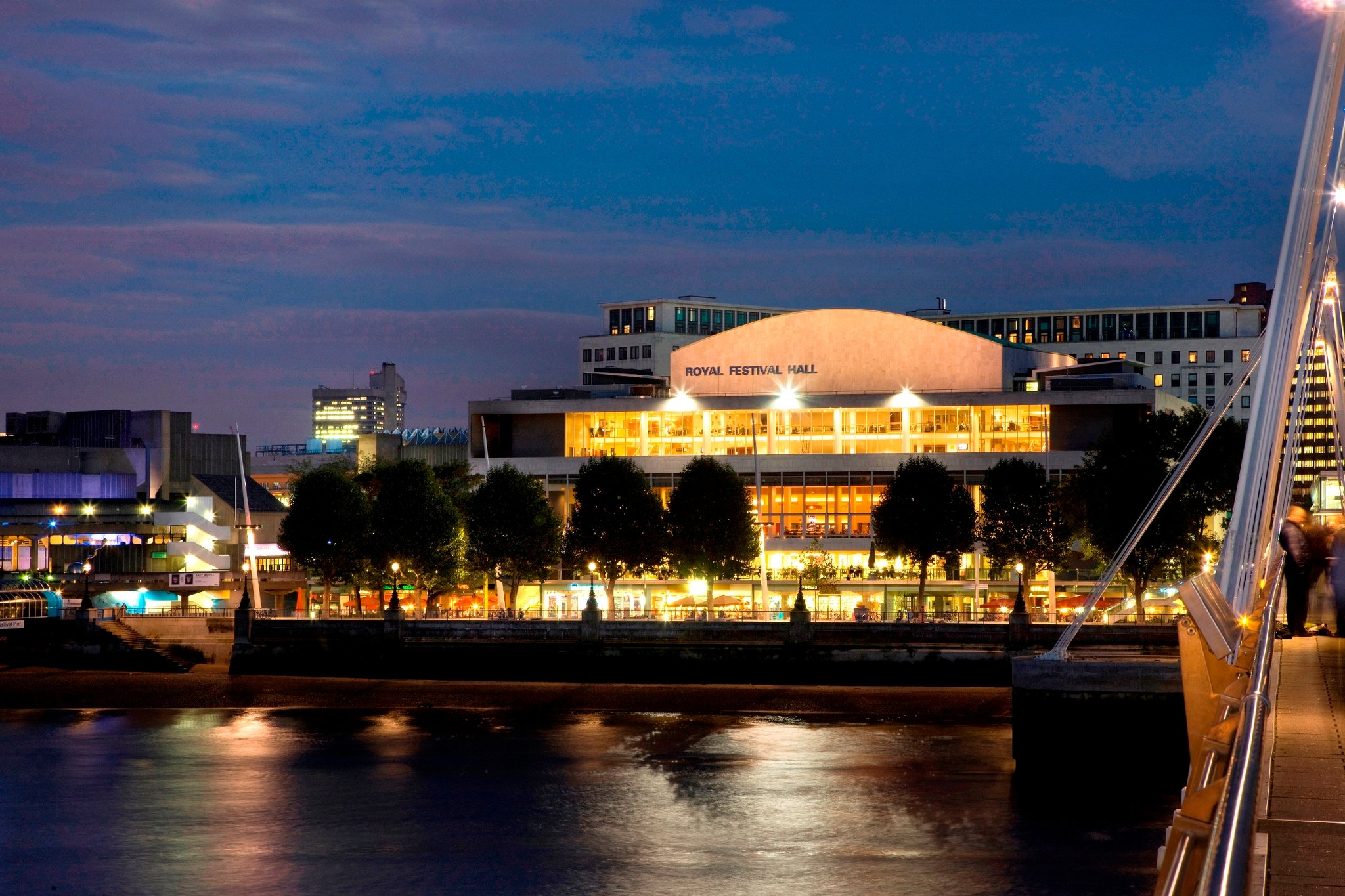 Royal Festival Hall - Photo via graphics8.nytimes.com