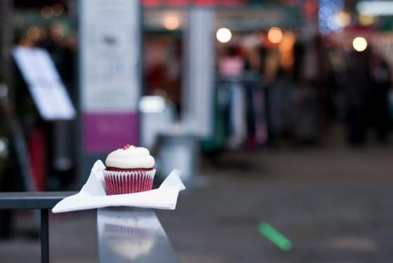 Red Velvet Cupcake di Flavourtown Bakery - Photo by Lorenzo Reffo